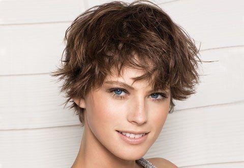 Стрижка гаврош, створюємо стильну зачіску
