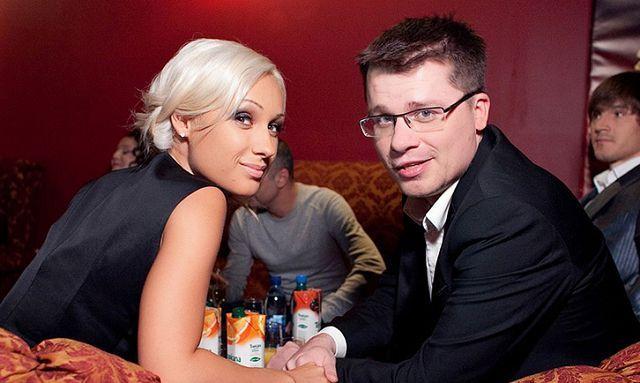 Гарік харламов і його дружина офіційно розлучилися і поділили майно