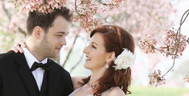 Ідеї   для проведення весільної фотосесії навесні