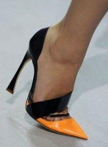 Яка взуття буде модною влітку 2015 році?