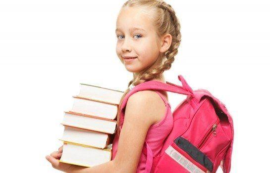 Модні шкільні зачіски для дівчаток молодших класів