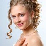 Зачіски для кучерявого волосся (17)
