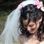 Весільні зачіски з розпущеним волоссям (48)
