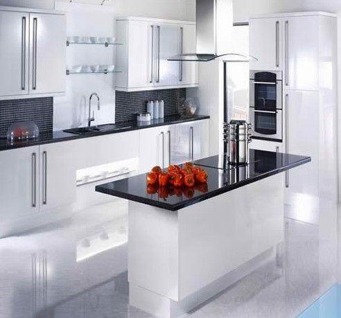 Прибираємо в кухні без шкоди для здоров`я.