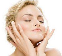 Догляд за сухою шкірою ефірними маслами.