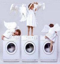 Знаки прання та догляду за одягом.